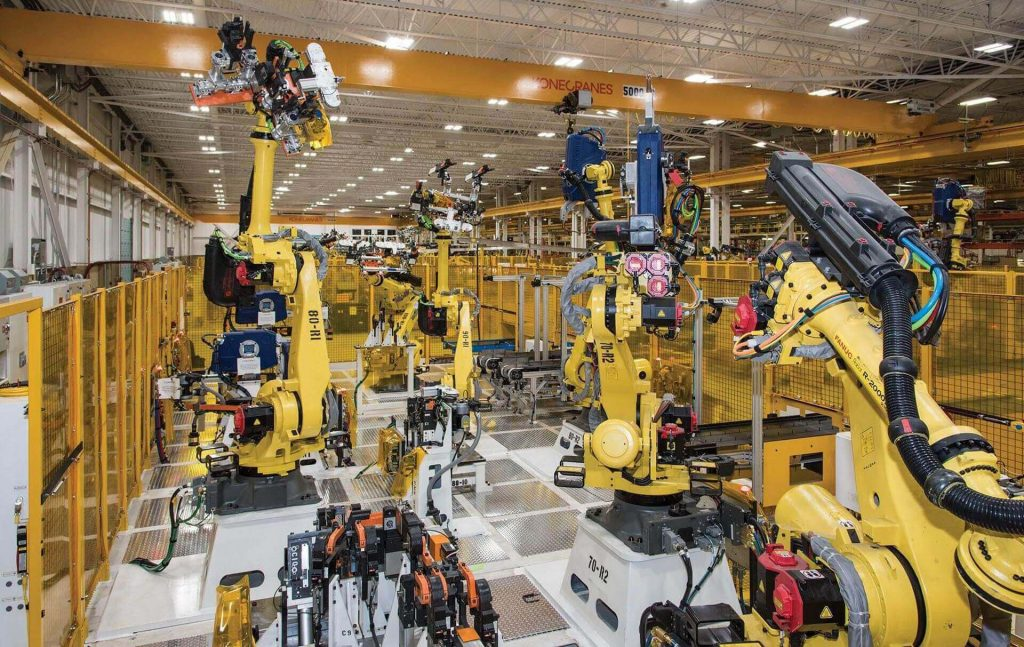 Image: CenterLine (Windsor) Limited, a Canadian industrial automation process and technology company, uses the virtual twins of the assembly lines it builds for  customers to verify robot movements and optimize its use of shop floor space, material flow and ergonomic safety. (Image © CenterLine (Windsor) Limited)