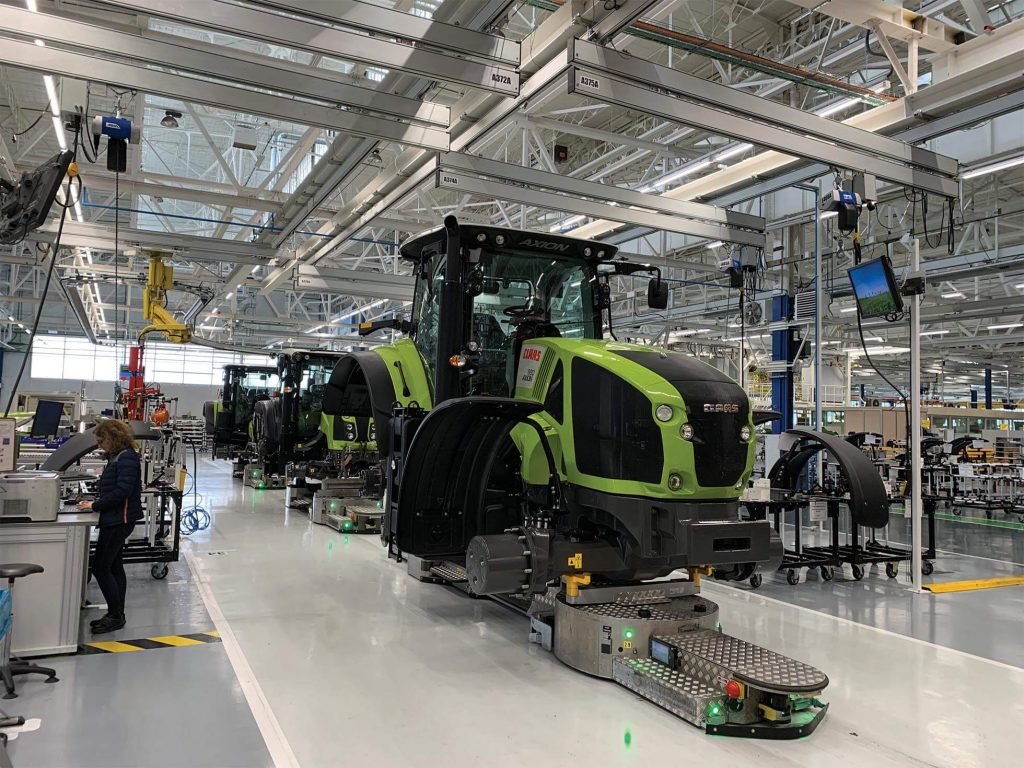 France-based tractor manufacturer CLAAS Tractor has shifted its business to a platform model to connect people, processes and information. (Image © CLAAS Tractor)